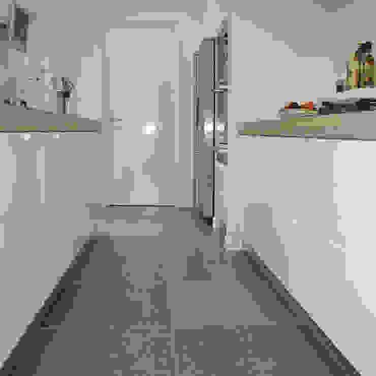 Klassieke Villa, Tilburg Moderne keukens van Doreth Eijkens | Interieur Architectuur Modern