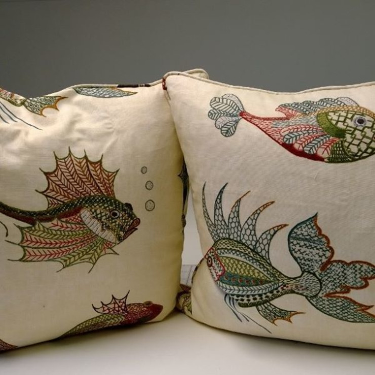 Cushions : modern  by Grey Soft Furnishings, Modern