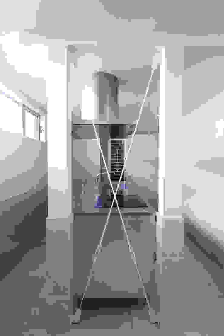 saikudani no ie Cozinhas modernas por atelier m Moderno