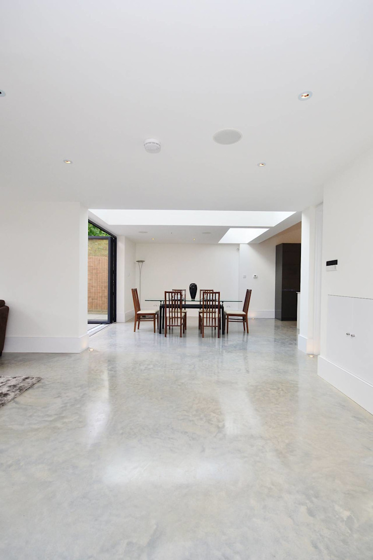 North West London refurbishment and extension Modern dining room by London Refurbishments Modern