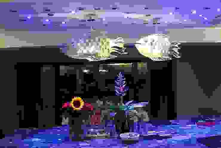 Cod Fish Nowoczesna jadalnia od Archerlamps - Lighting & Furniture Nowoczesny