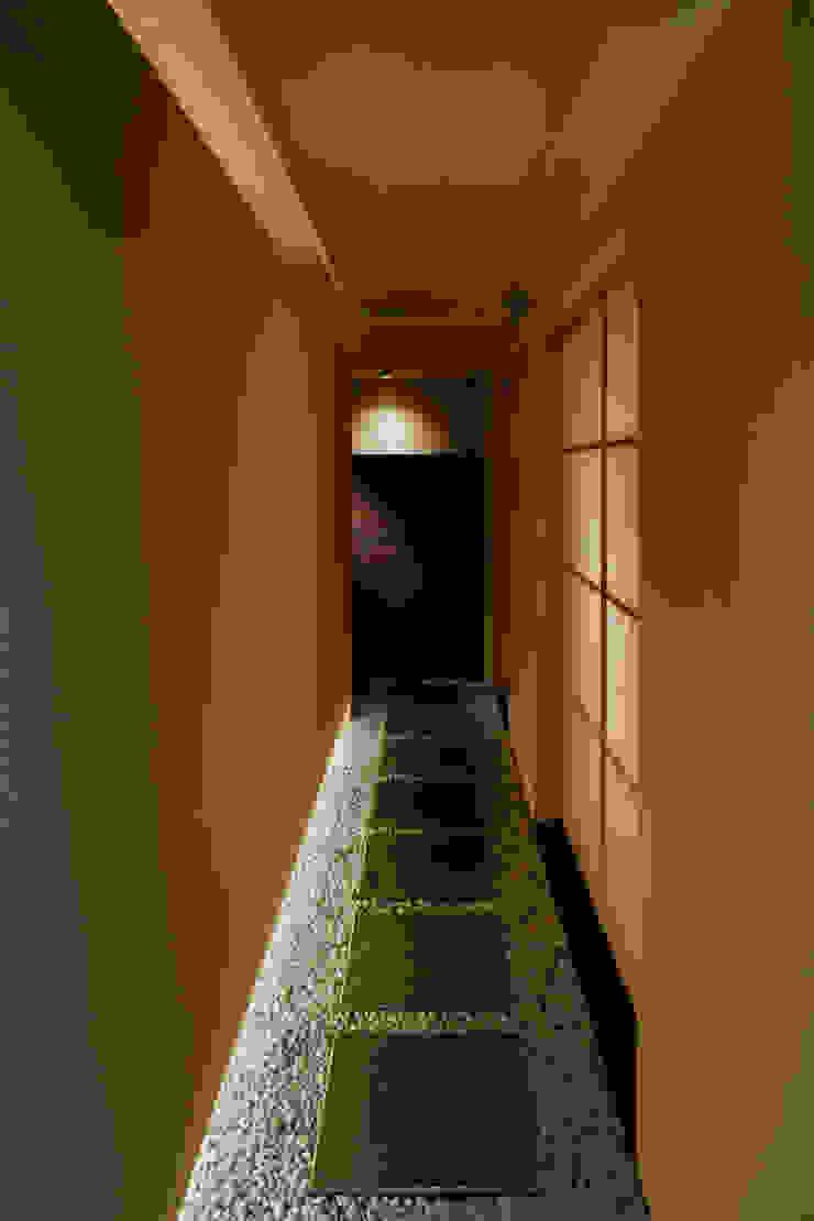 福島 もう利 ミニマルなレストラン の TotalDesignWorks ROOT ミニマル