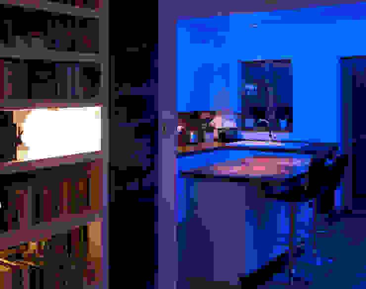Kitchen Modern kitchen by Elektra Lighting Design Modern