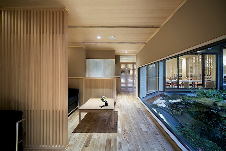 by 有限会社 ディー・アーキテクツ Asian Wood Wood effect