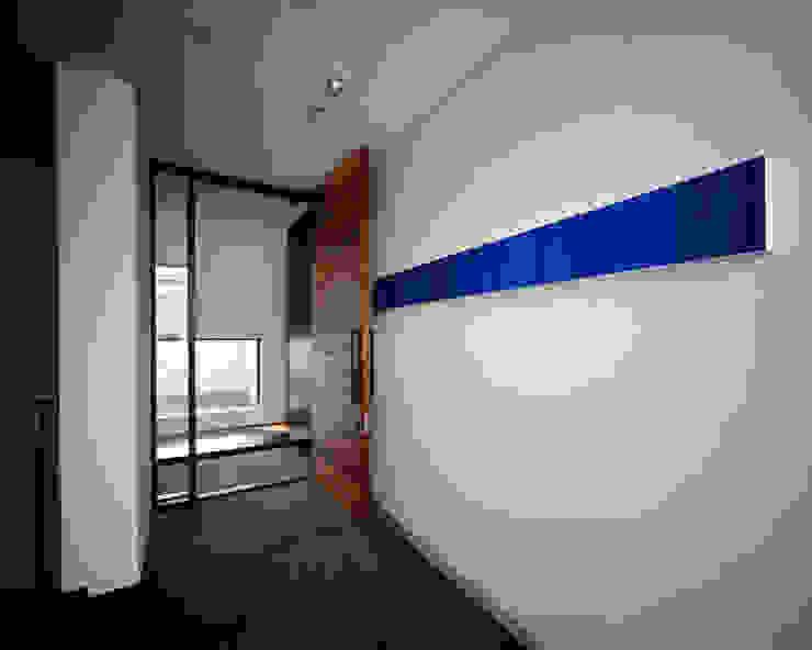 連島の家-kurashiki- モダンスタイルの 玄関&廊下&階段 の タカオジュン建築設計事務所-JUNTAKAO.ARCHITECTS- モダン