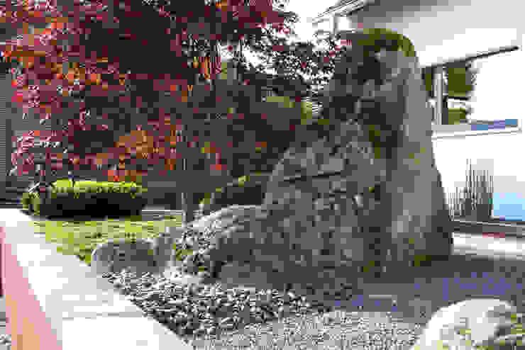 Vorgarten Asiatischer Garten von ROJI Japanische Gärten Asiatisch