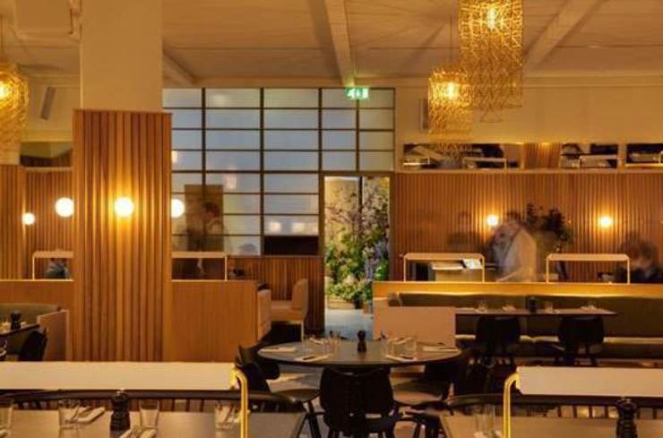 Hoi Polloi restaurant Modern hotels by Elektra Lighting Design Modern