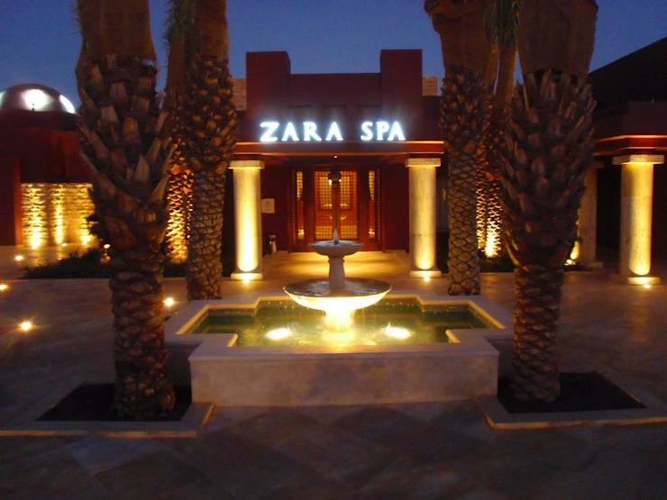 Entrance Courtyard at the Tala Bay Spa Asian style commercial spaces by Elektra Lighting Design Asian
