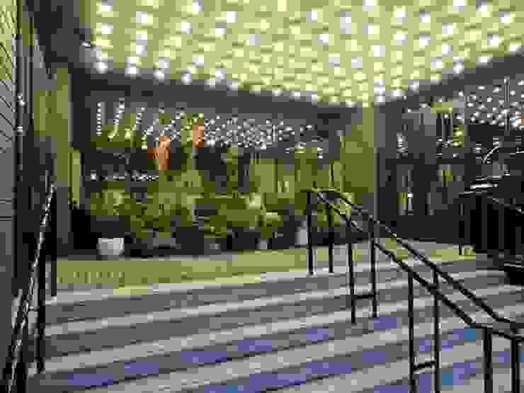Entrance Modern hotels by Elektra Lighting Design Modern