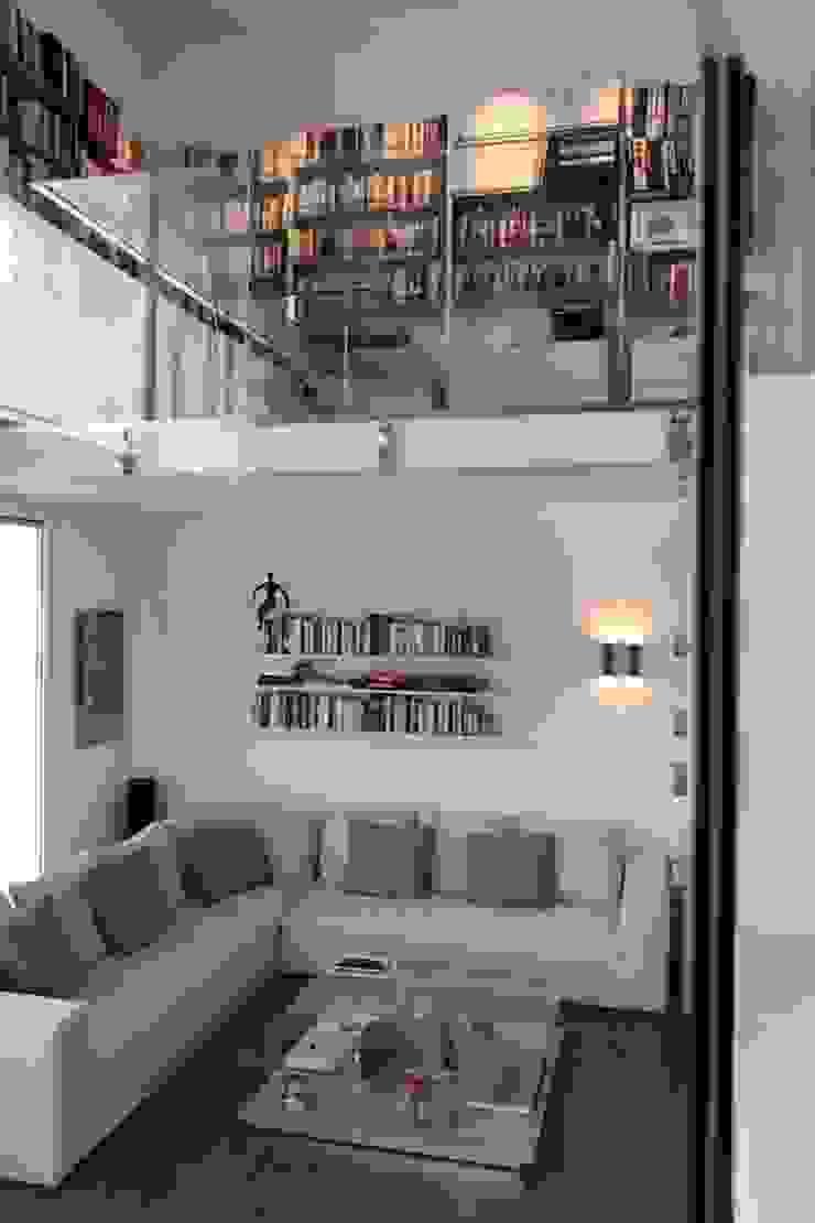 Francesca Bonorandi Phòng khách phong cách tối giản