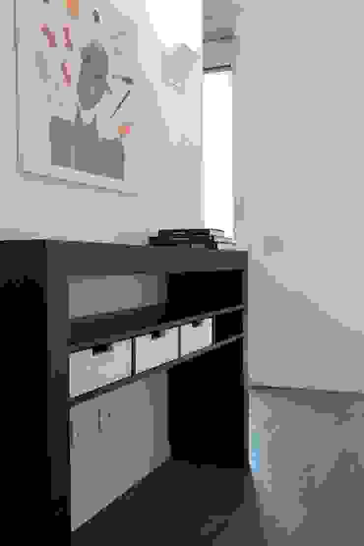 Francesca Bonorandi BedroomWardrobes & closets