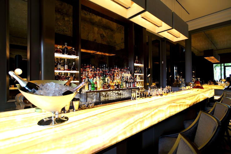 Bar Modern gastronomy by Elektra Lighting Design Modern