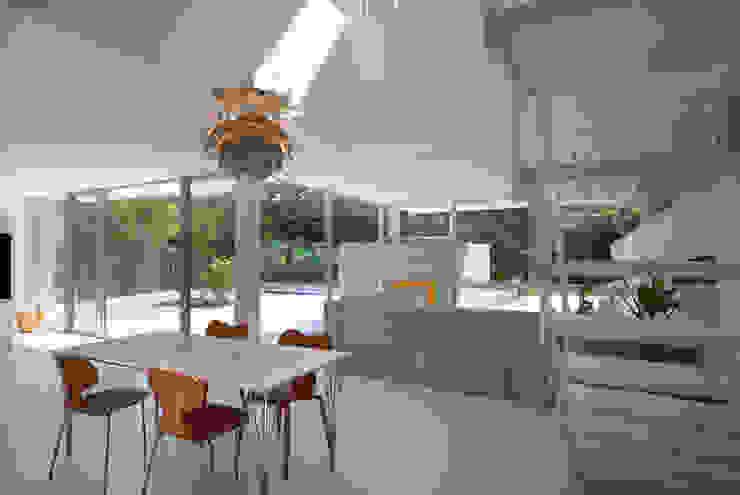 株式会社ブレッツァ・アーキテクツ Modern dining room