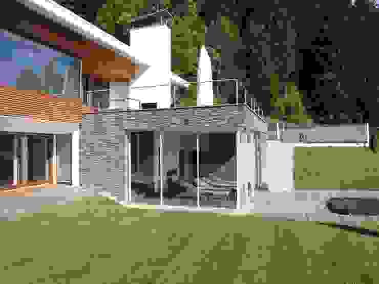 od Firmhofer + Günther Architekten Skandynawski