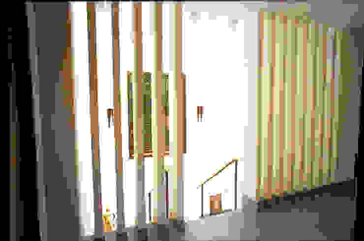 Sécond escalier par alia bengana architecte Méditerranéen