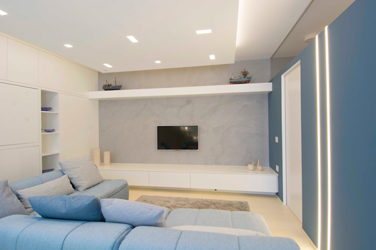Modern Living Room by Architetto ANTONIO ZARDONI Modern