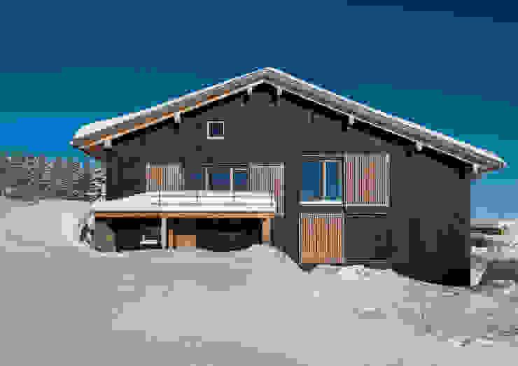 Winteransicht Süden Landhäuser von Prof. Peter Tausch Landhaus