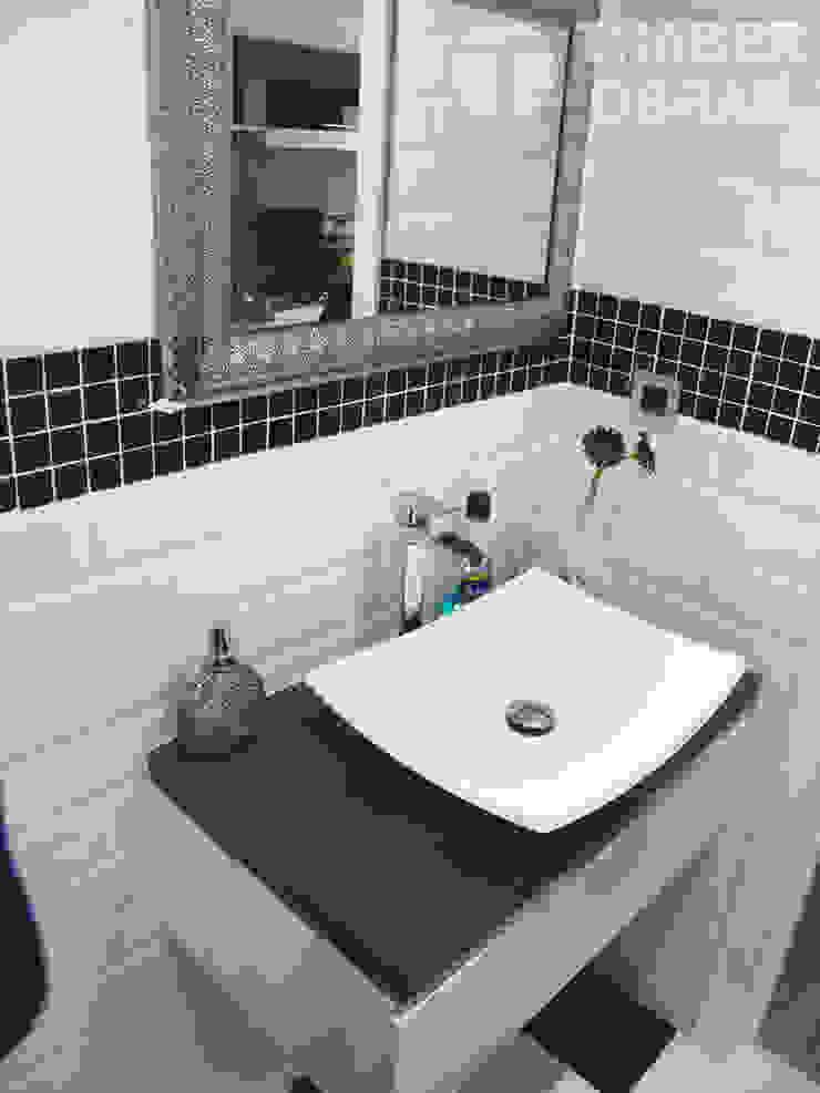 Cuarto de baño principal - lavabo sobre encimera. Baños de estilo moderno de Traber Obras Moderno
