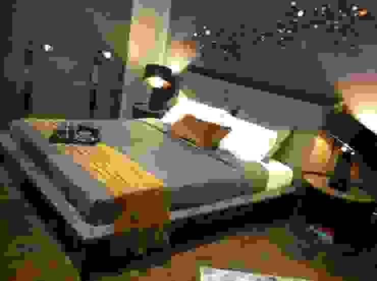 Gulsah Soyluer Designer/Sculptor – Collection for Stella Furniture Company: modern tarz , Modern