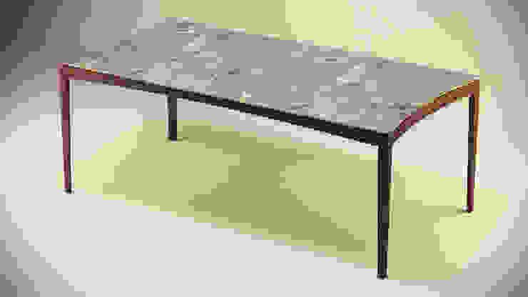 Gulsah Soyluer Designer/Sculptor – Product Design: modern tarz , Modern