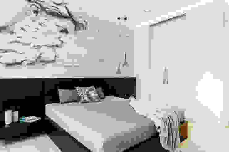 sypialnia Minimalistyczna sypialnia od Anna Maria Sokołowska Architektura Wnętrz Minimalistyczny