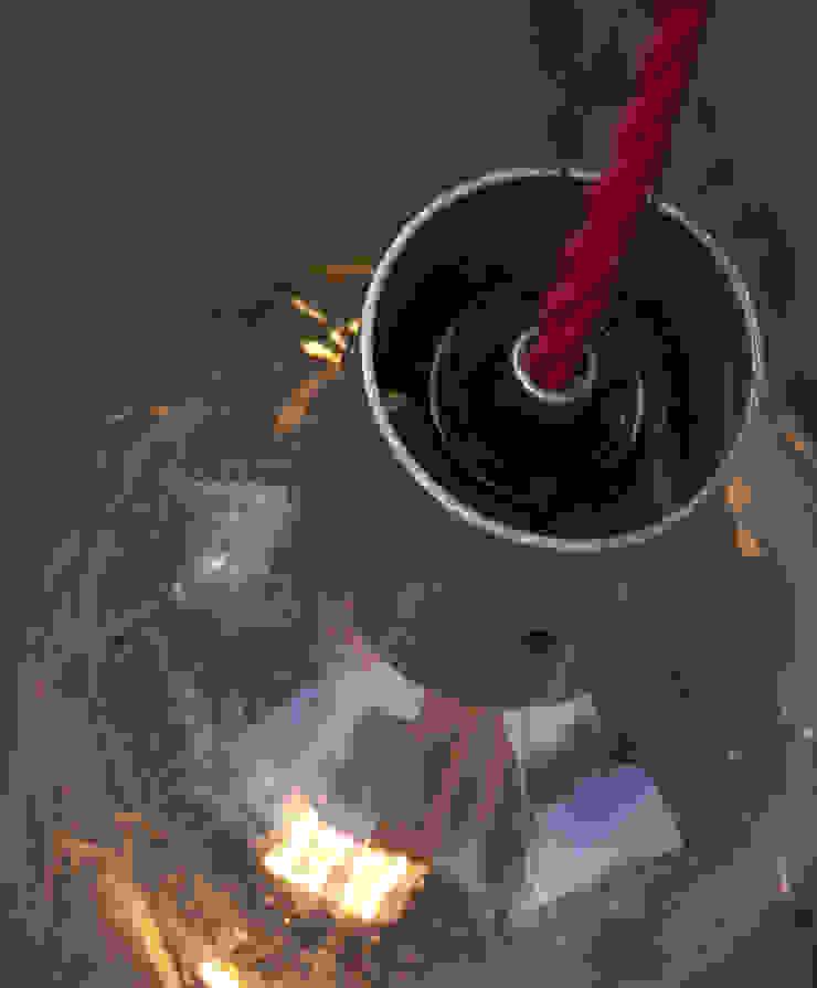 Lampion ryflowany z syfonu szklanego od NaNowo Industrial Design Skandynawski