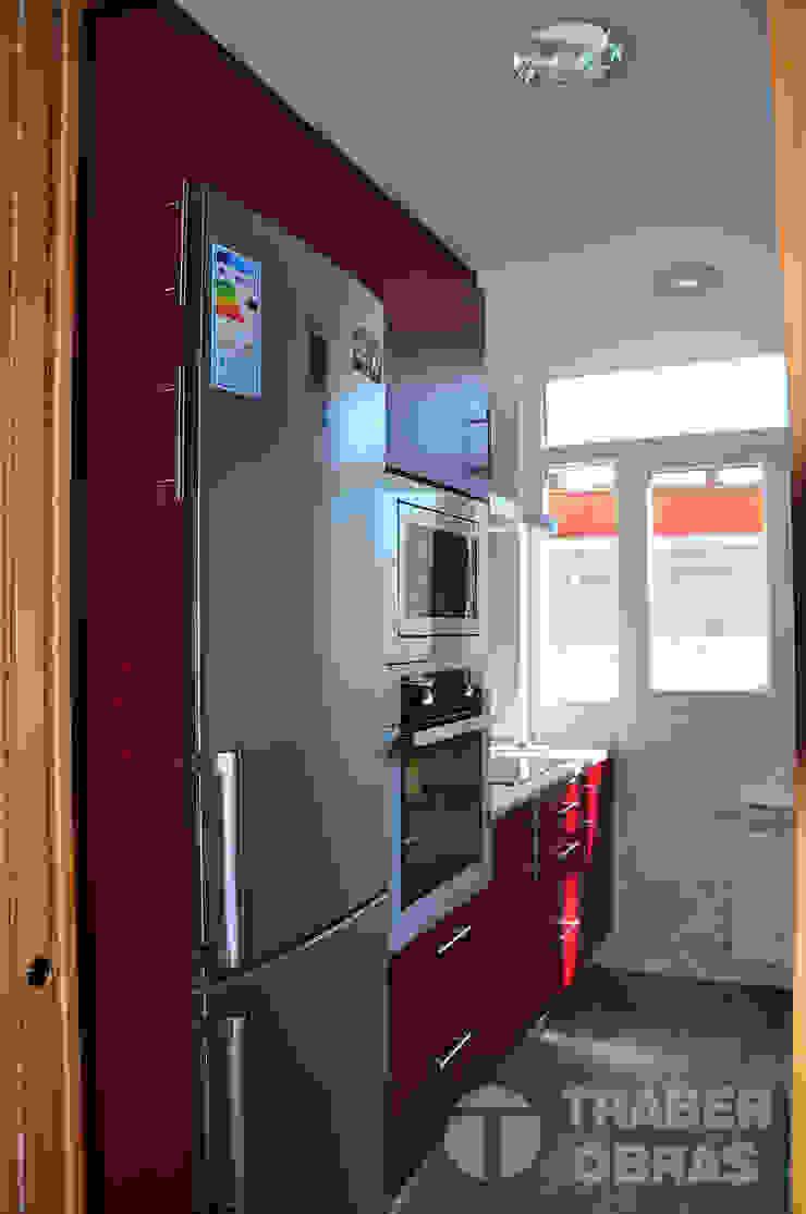 Traber Obras 現代廚房設計點子、靈感&圖片