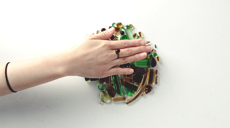 UPCYCLING BOTTLE GLASS RING: 0dot0의 현대 ,모던