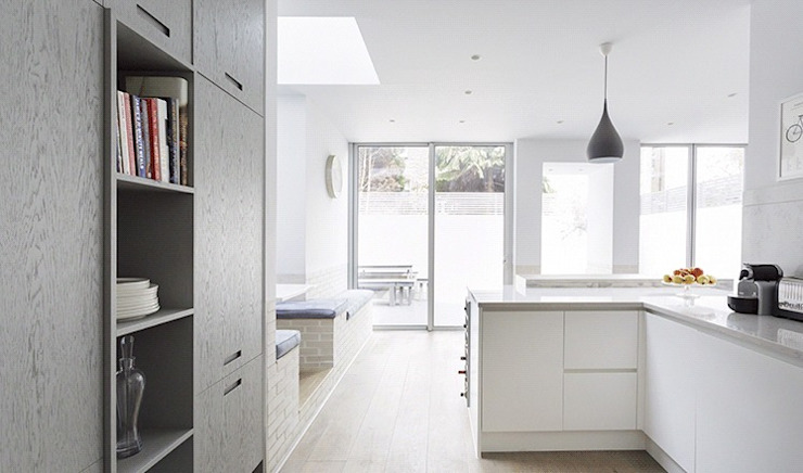 Kitchen by Stagg Architects,