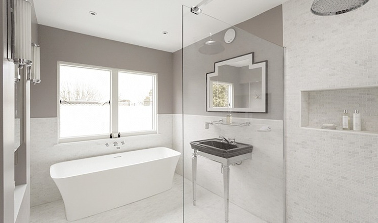 Englewood Road Modern bathroom by Stagg Architects Modern