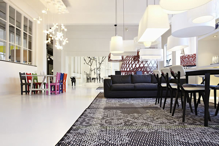 EXTENSION CHAIR Minimalistische kantoor- & winkelruimten van Vroonland Minimalistisch