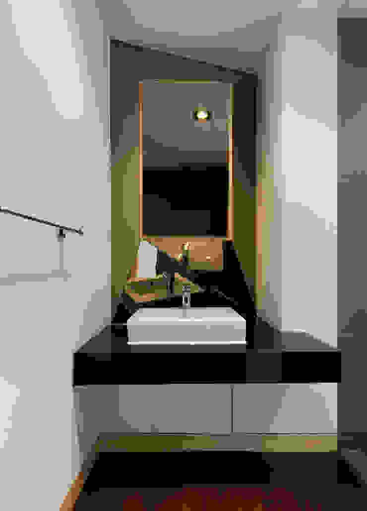 Modern style bedroom by CHORA Modern