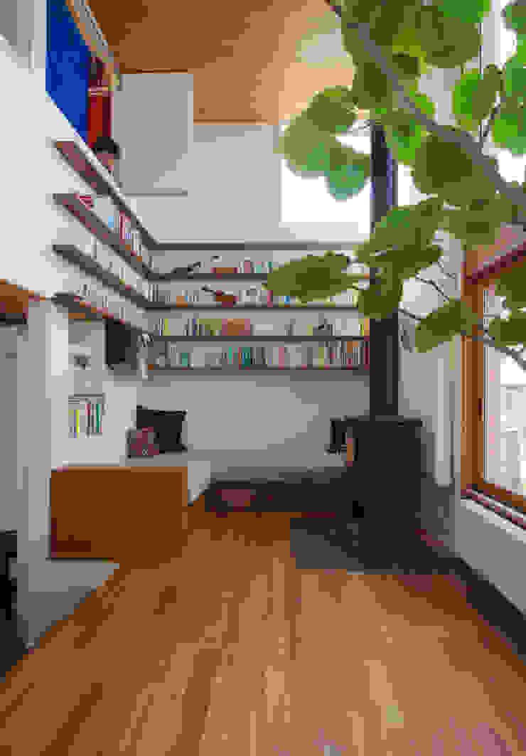 リビング 北欧デザインの リビング の 長浜信幸建築設計事務所 北欧