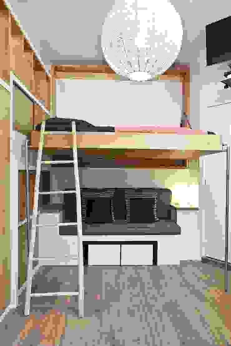 Scandinavian style bedroom by Géraldine Laferté Scandinavian