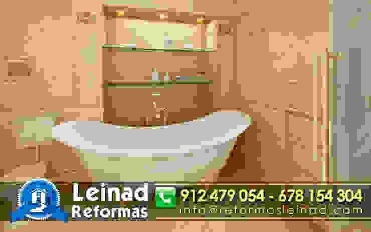 Reformas Leinad - Empresa de reformas en Madrid Baños de estilo clásico de Reformas Leinad Clásico