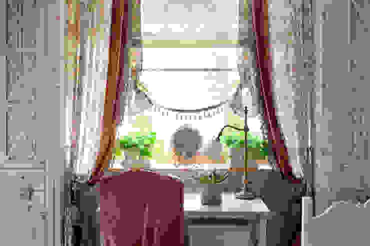 Жилая классика Детская комнатa в классическом стиле от VVDesign Классический
