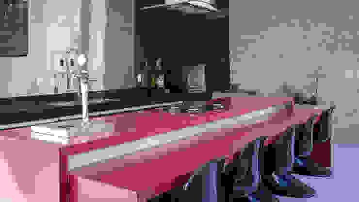 CASA ESTÂNCIAS DO HIBISCO Cozinhas modernas por Mutabile Arquitetura Moderno