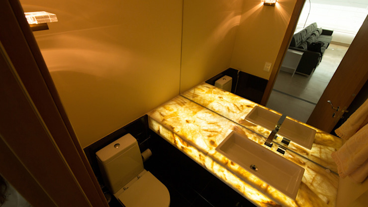 APARTAMENTO SAVASSI Banheiros modernos por Mutabile Arquitetura Moderno