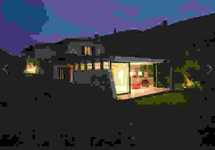 Дома в стиле модерн от info358 Модерн