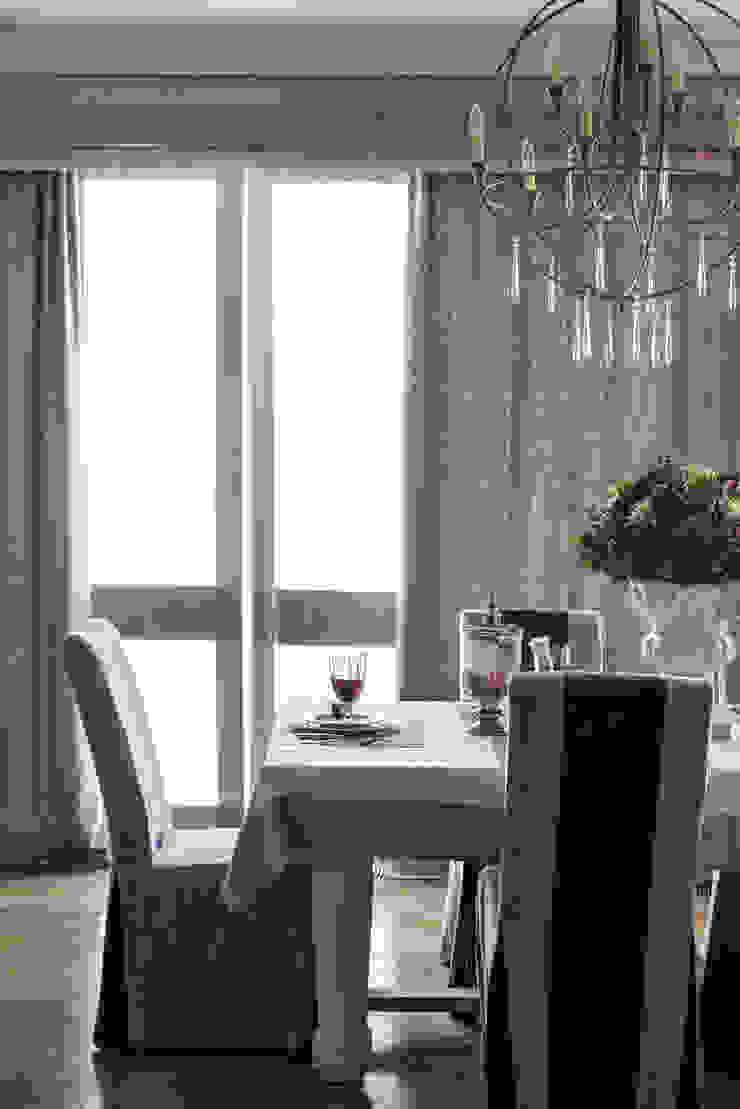 Вне времени Столовая комната в эклектичном стиле от VVDesign Эклектичный
