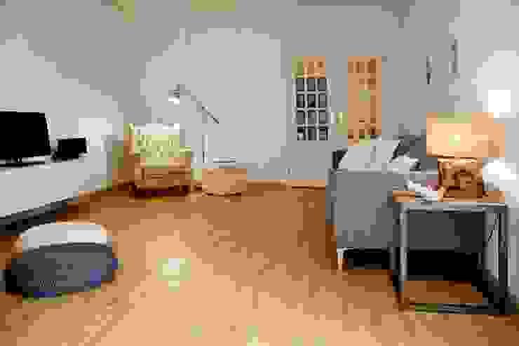 living room Cozinhas modernas por Staging Factory Moderno