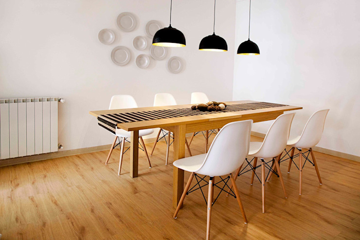 dining room: Salas de jantar  por Home Staging Factory,Moderno
