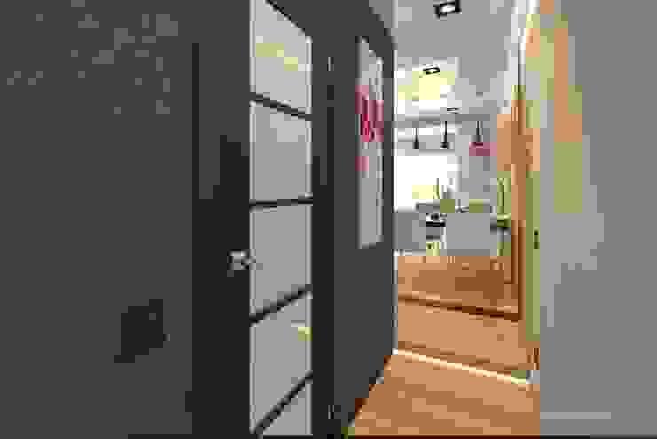С Новым годом ! Коридор, прихожая и лестница в стиле минимализм от VIO design Минимализм