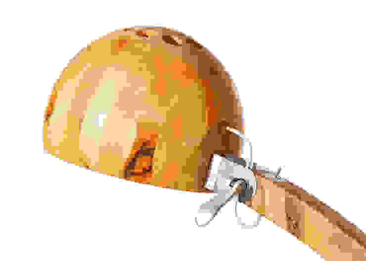 Lampa Woobia od Abadoc - Warsztat Projektowo-Wytwórczy Minimalistyczny