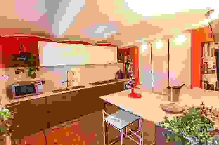 UAU un'architettura unica Nowoczesna kuchnia