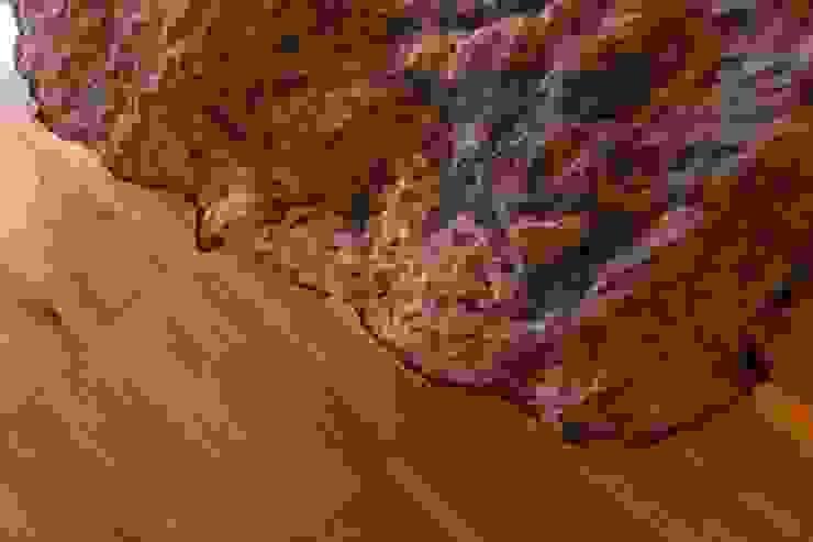 particolare del parquet in legno industriale UAU un'architettura unica Pareti & Pavimenti in stile moderno