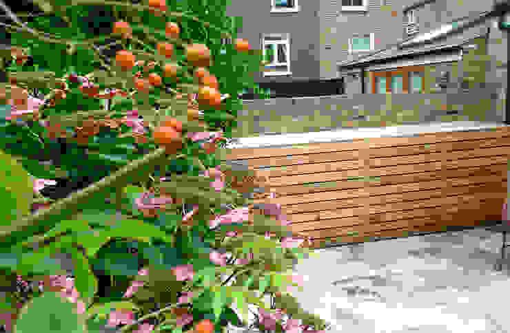 Garden storage Modern garden by wayne maxwell Modern