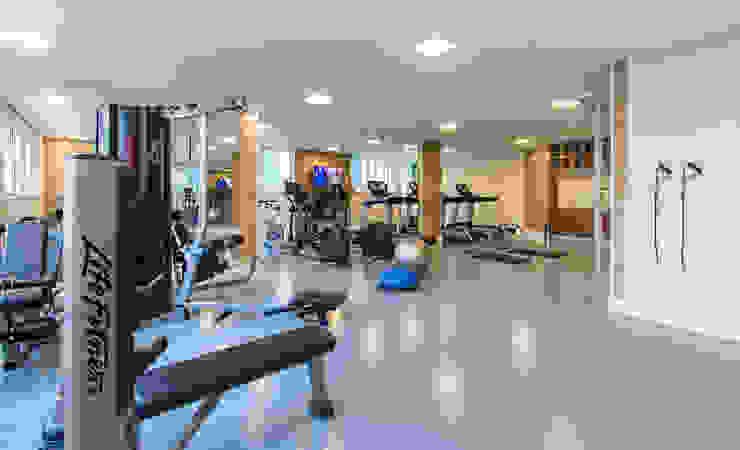 Fitness | Condomínio SP Fitness moderno por Christiana Marques Fotografia Moderno