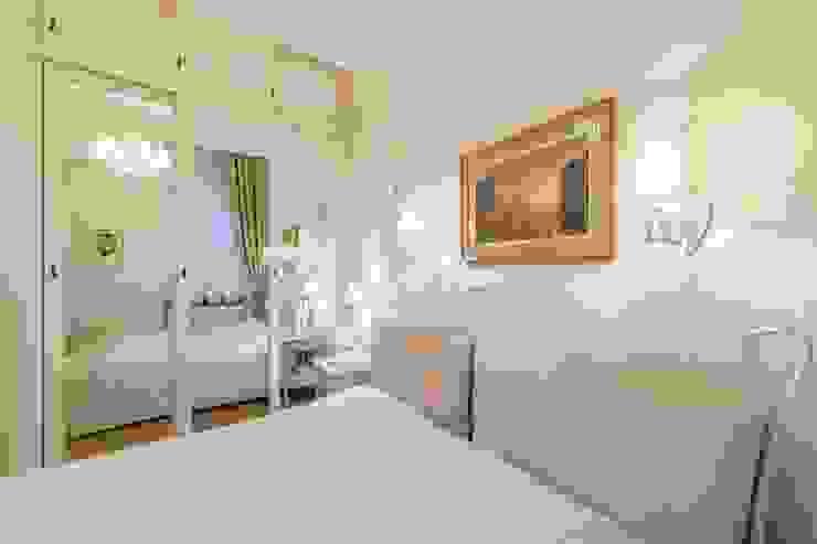 Спальня Спальня в классическом стиле от ELENA BELORYBKINA Классический