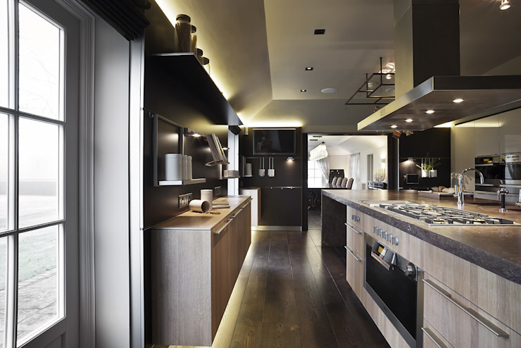 Hertfordshire Home Modern kitchen by Alessandro Isola Ltd Modern